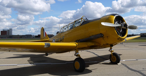 Two Harvards were also on display during the rollout, flanking the Mitchell (Photo: D. Pagnutti)